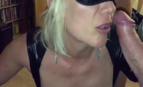 Swinger wife gets gangbanged